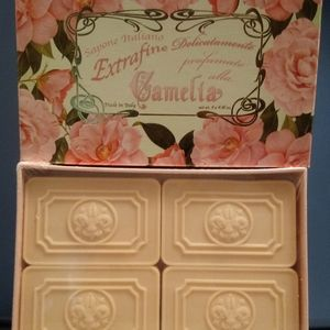 Other - Rose soap gift box